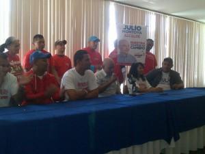 Dirigentes chavistas en San Francisco decidieron dar su apoyo a Julio Montoya
