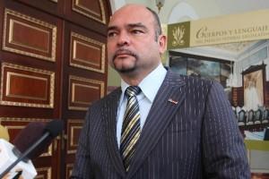 Diputado Julio Montoya denuncia al gobierno de tener endeudado al Bandes