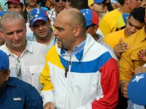 Julio Montoya: Urge hacer un llamado a la calma