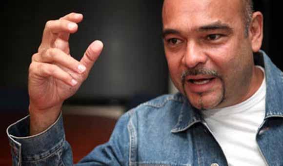 """Denuncian """"acoso judicial"""" contra diputado Julio Montoya y su familia"""